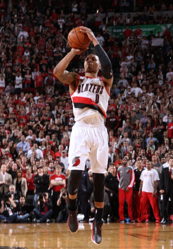 damian-lillard-game-winner-adidas-crazyquick-2-black-pe-01