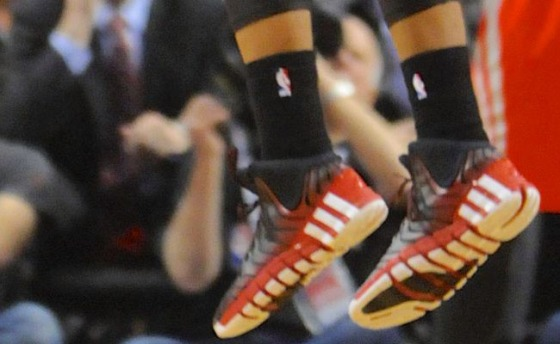 damian-lillard-game-winner-adidas-crazyquick-2-black-pe-05