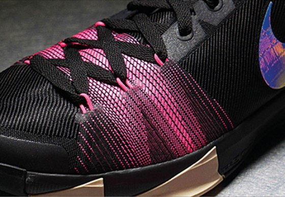 Nike Flyweave, pictured on a sample round of the Nike KD8