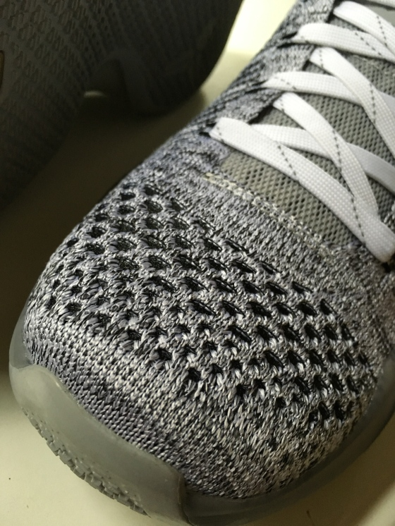 Stronger Flyknit threads found in the toe box of the Kobe 10 Elite Low.